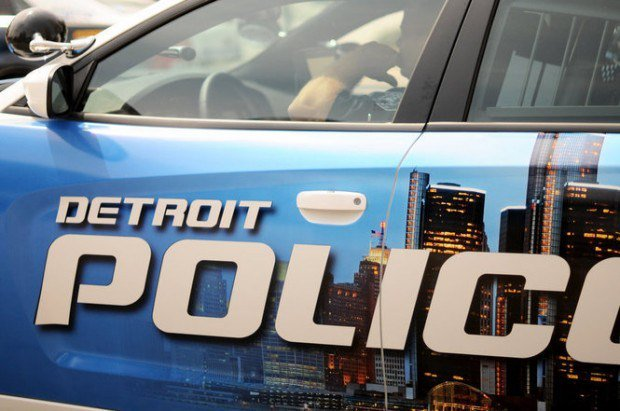 Policjanci z Detroit oskarżeni o napaść z pobiciem