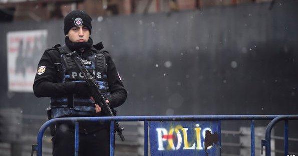 Opinie ekspertów o zamachu w Stambule