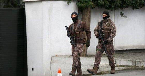 Turcja: Masowe aresztowania podejrzanych o związki z puczystami