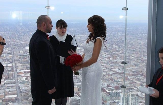 Ogłoszono konkurs dla par chcących wziąć ślub na szklanym tarasie Willis Tower