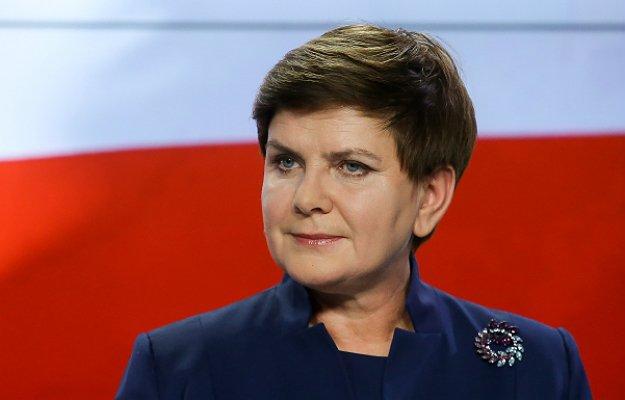 Premier Beata Szydło udaje się do Chin
