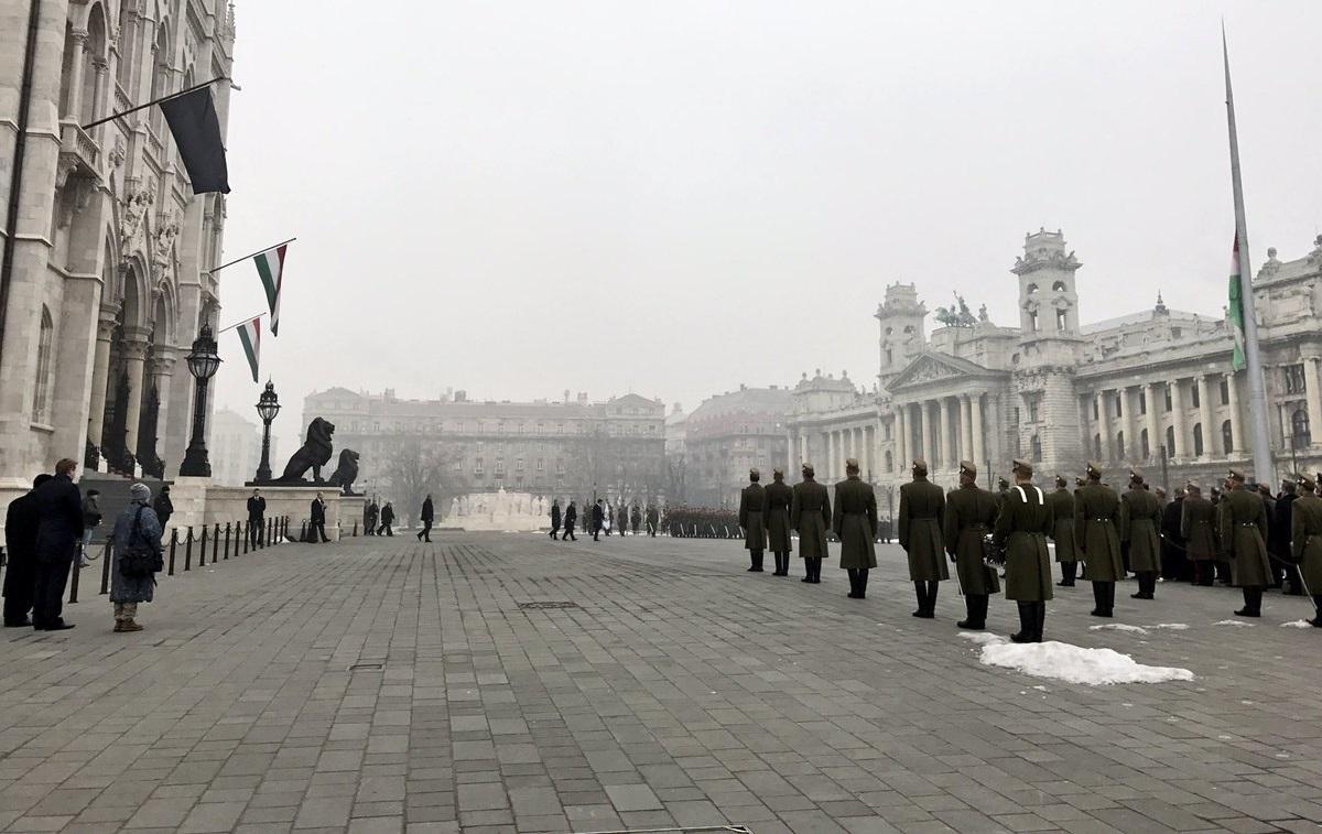 Dzień żałoby narodowej na Węgrzech