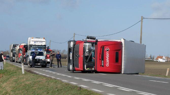 Belgia: Trwa usuwanie zniszczeń po przejściu wichury Doris