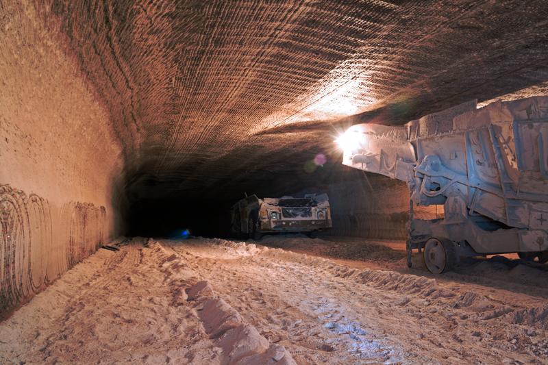 Rudna: Po wstrząsach w kopalni 1 górnik poszukiwany