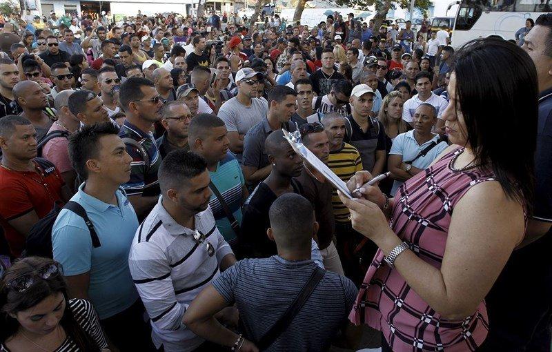 Kubańczycy odsyłani do domu na mocy dekretu… Obamy