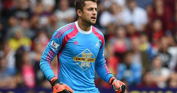 Swansea City z Łukaszem Fabiańskim w bramce pokonało Leicester City – wyniki Premier League