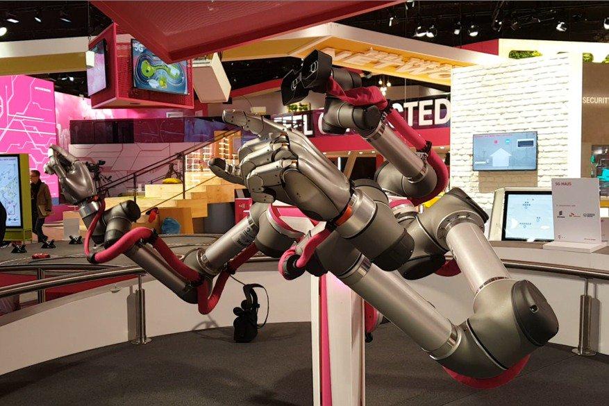 Robot sterowany siecią komórkową 5G