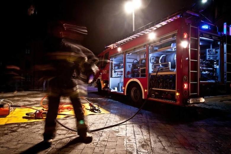Strażacy interweniowali w ciągu minionej doby 660 razy przy usuwaniu skutków silnego wiatru