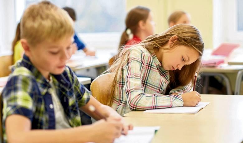 Ranking stanów wydających najwięcej na edukację. Illinois na 14. miejscu