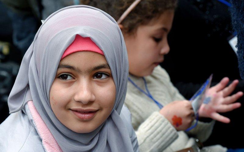 Śledztwo ws. przemocy wobec małoletniej pokrzywdzonej z powodu jej przynależności narodowej