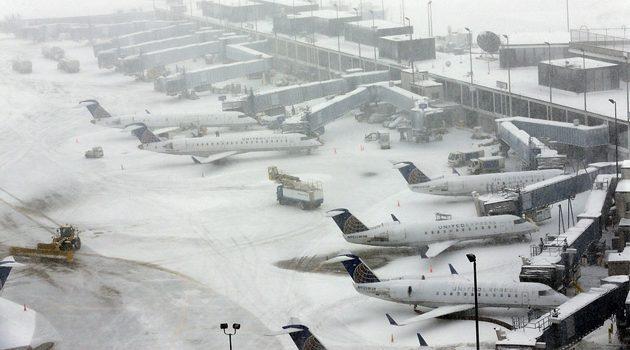 Opady śniegu zaczynają paraliżować Stany Zjednoczone
