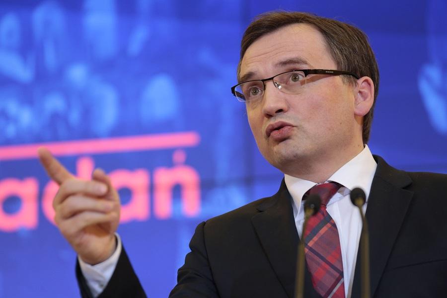 Ziobro krytykuje decyzję Komisji Europejskiej ws. dyscyplinarek sędziowskich