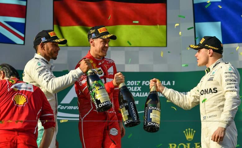 Vettel przechytrzył Hamiltona i wygrywa Grand Prix Australii