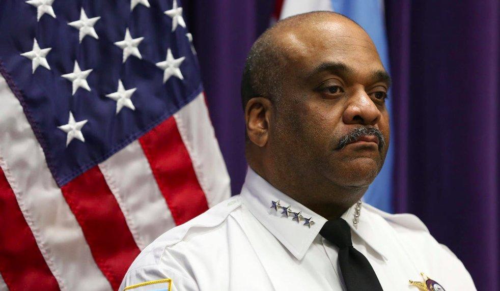 Nadkomisarz Eddie Johnson nie wyklucza przejścia na emeryturę