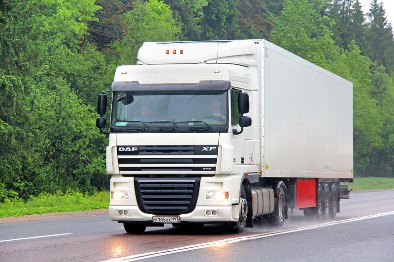PE: Odrzucony wniosek Polaków o wykreślenie z sesji szkodliwych dla naszego kraju  przepisów dot. transportu