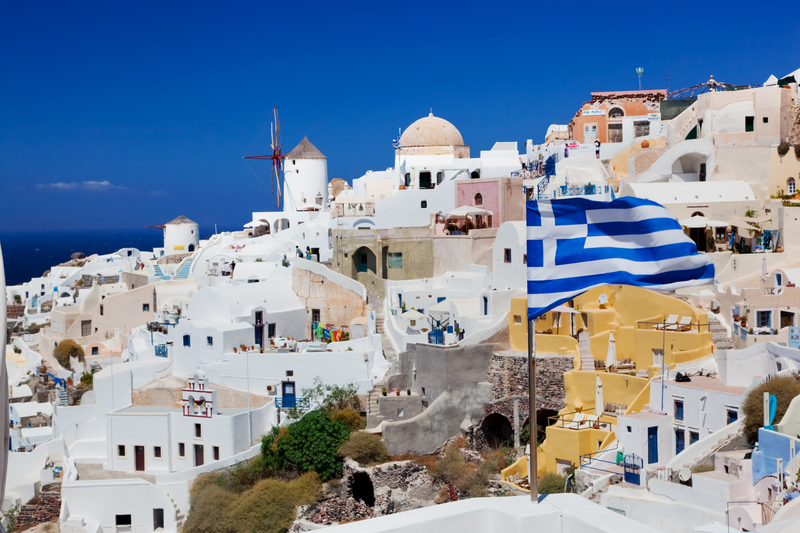 Po ośmiu latach Grecja wychodzi z programów kredytowych