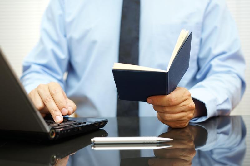 Aktywni zawodowo w większości nie korzystają z obniżonego wieku emerytalnego