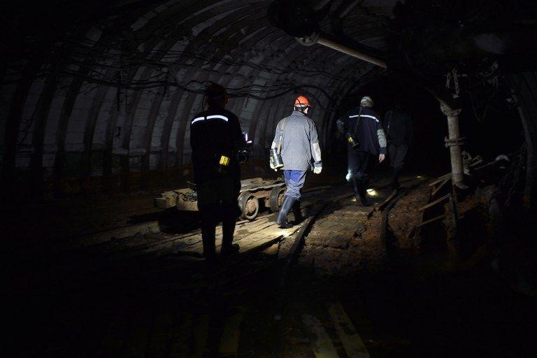 Jeden górnik zginął, 11 rannych po wstrząsie w kopalni Bielszowice