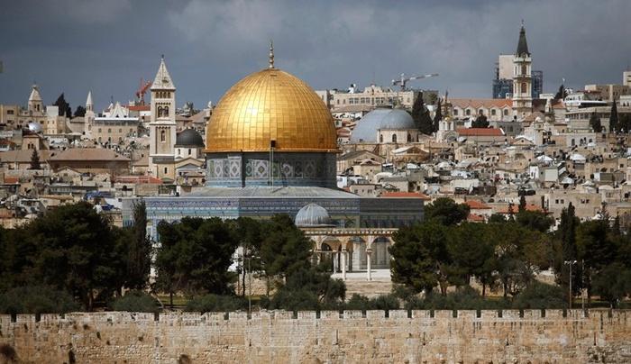 Jerozolima pierwsza zaczyna Wielkanoc