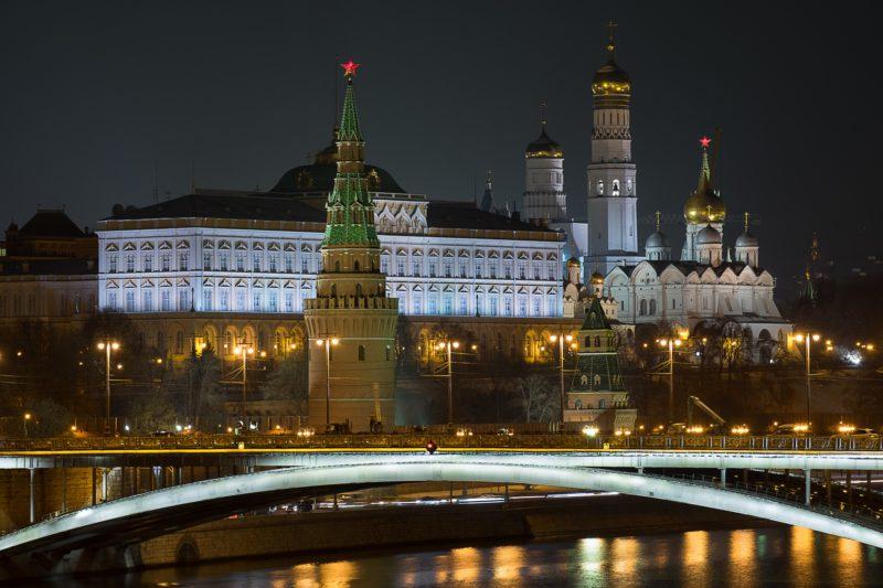 Kreml zaprzecza w sprawie Skripala, a dziennikarze szukają śladów