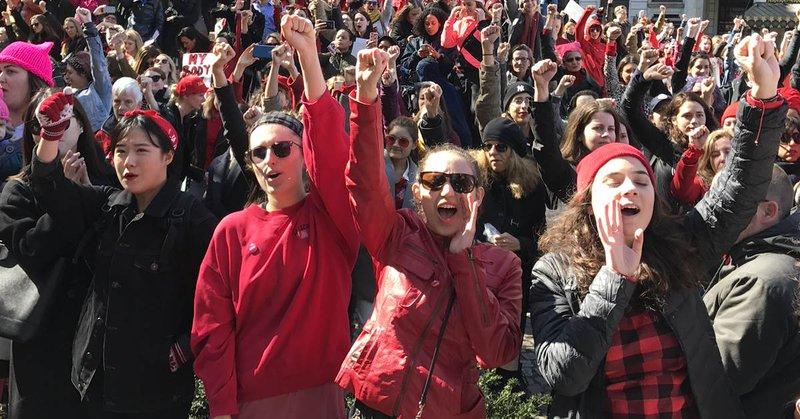 Manifestacje tysięcy kobiet na całym świecie