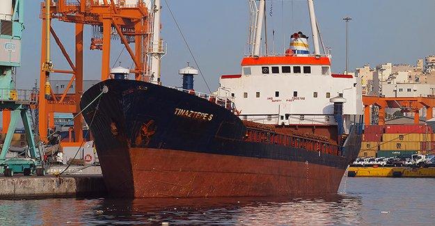 Włochy: Policja zatrzymała statek z 20 tonami haszyszu