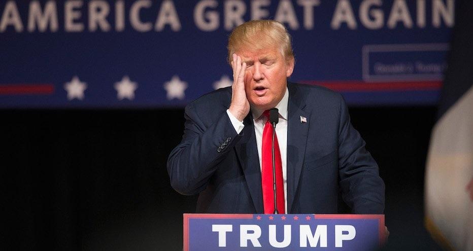 """Zdjęła mężczyźnie czapkę """"Make America Great Again"""", teraz grozi jej deportacja"""