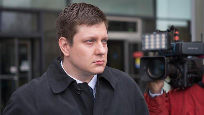 Sędzia nakazał publikację części dokumentów z dochodzenia ws. Jasona Van Dyke'a