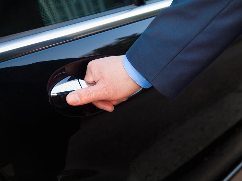 Wieliczka: Śledztwo ws. uszkodzenia samochodu senatora PiS