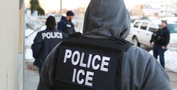 Agenci ICE kontrolowali biznesy i domy w dzielnicy Pilsen