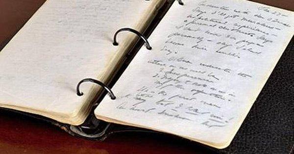Dziennik młodego JFK sprzedany za ponad 718 tys. dolarów