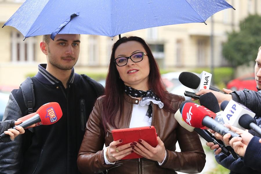 Była żona posła Mariusza Kamińskiego: Posłowie nie mogą być singlami!