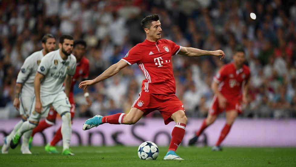 Bundesliga: Przełamanie Bayernu, dwa gole Lewandowskiego