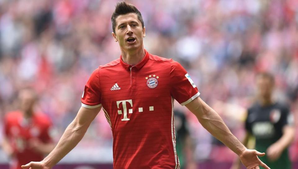 Piłka nożna. LM: Niemieckie reakcje po meczach Bayernu i Hoffenheim. Lewandowski strzelił dwa gole