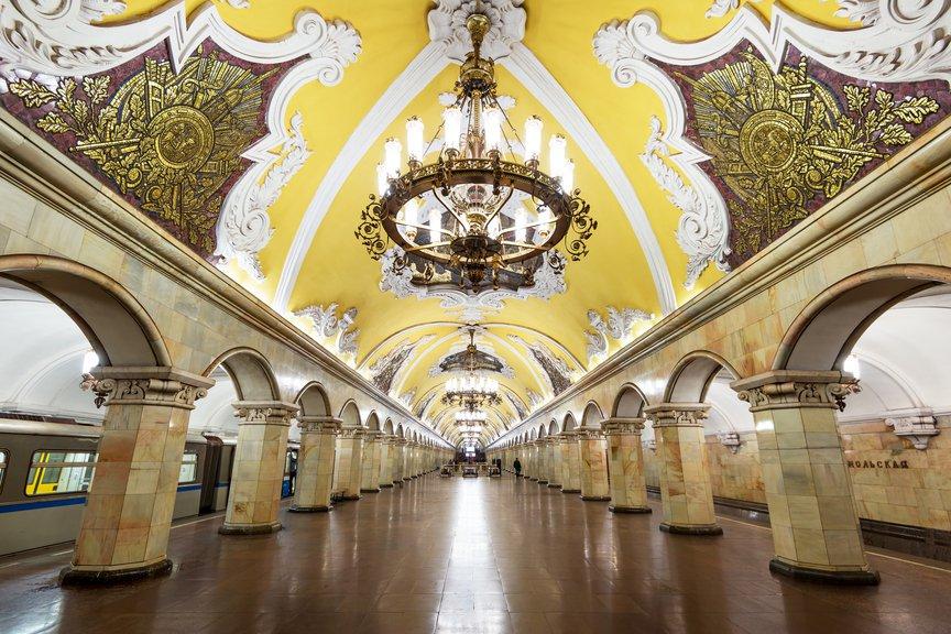 Moskwa: W metrze zatrzymano pasażerów ze śladami materiałów wybuchowych na rękach
