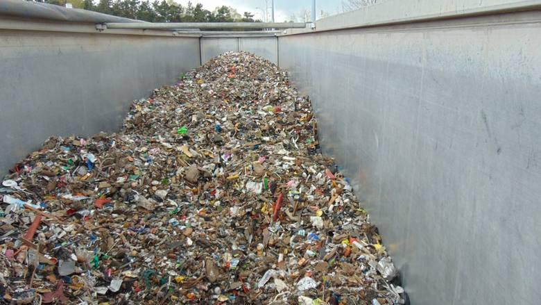 25 ton nielegalnych śmieci z Niemiec