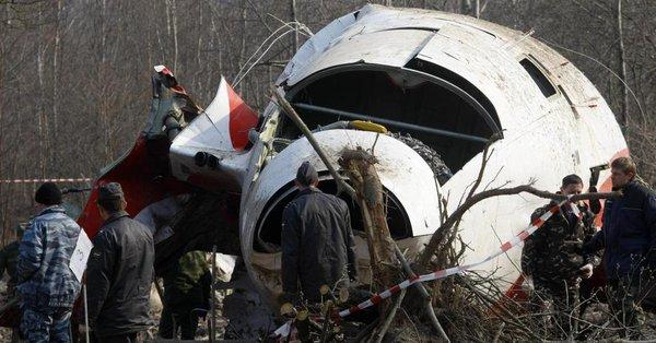 Macierewicz: Hipoteza o obrocie Tu-154 sfalsyfikowana