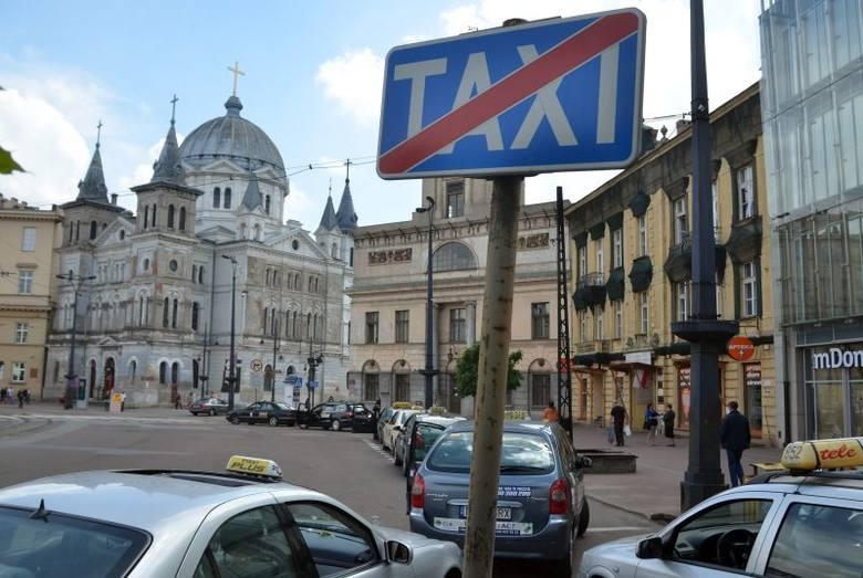 Łódź: Napad na taksówkarza i jego klientów