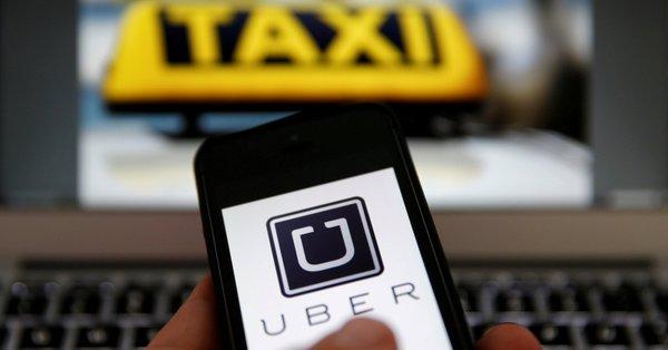 """""""Lex Uber"""". Prezydent podpisał nowelizację ustawy o transporcie drogowym"""