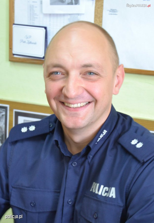 Policjant uratował życie starszego mężczyzny