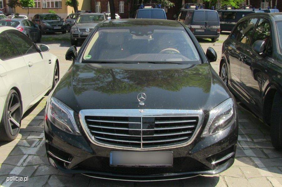 Mercedes ukradziony we Francji znalazł się  w Krakowie