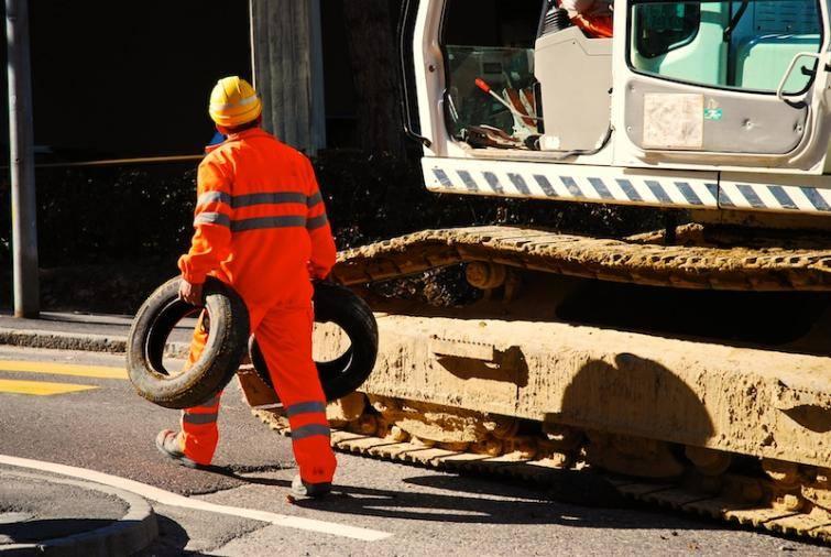 Białoruś: Pracownicy pewnej fabryki mają pracować dziennie… 60 minut