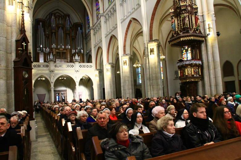Religijność w Polsce. Polak to nadal katolik