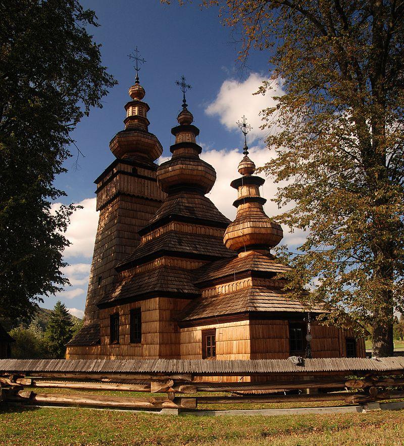 Perełka architektury drewnianej przechodzi prace konserwatorskie