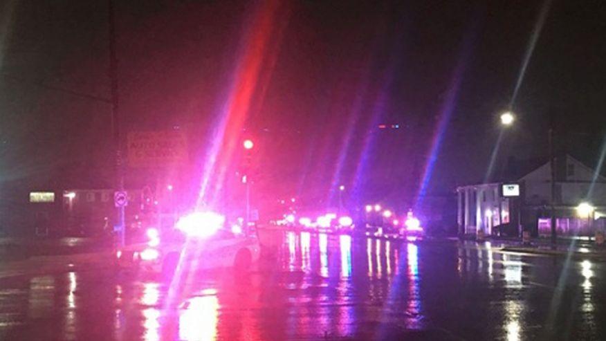 Policjant z Detroit w stanie krytycznym, napastnik zastrzelony