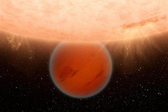 """Niezwykłe odkrycie – planeta jak """"ciepły Neptun"""""""