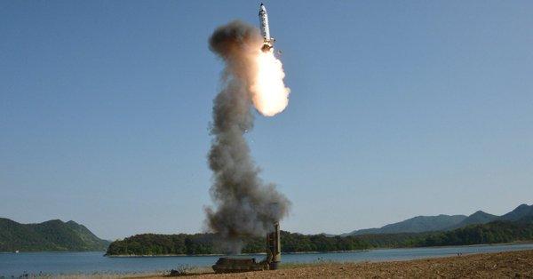 Korea Północna wystrzeliła dwa niezidentyfikowane pociski