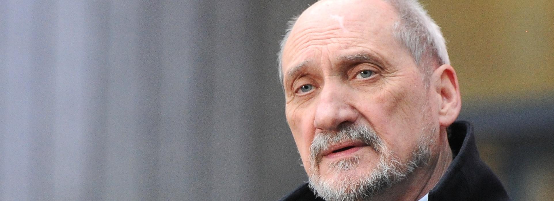 Antoni Macierewicz złożył do prokuratury doniesienie na PO