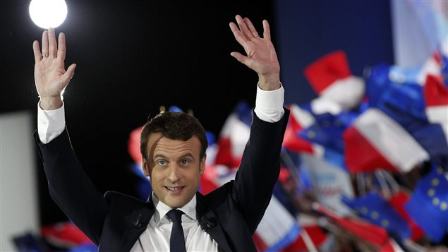 Francja jest oszołomiona sukcesem Emmanuela Macrona i jego partii