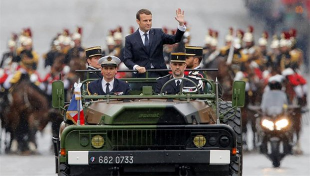 Emmanuel Macron oficjalnie prezydentem Francji